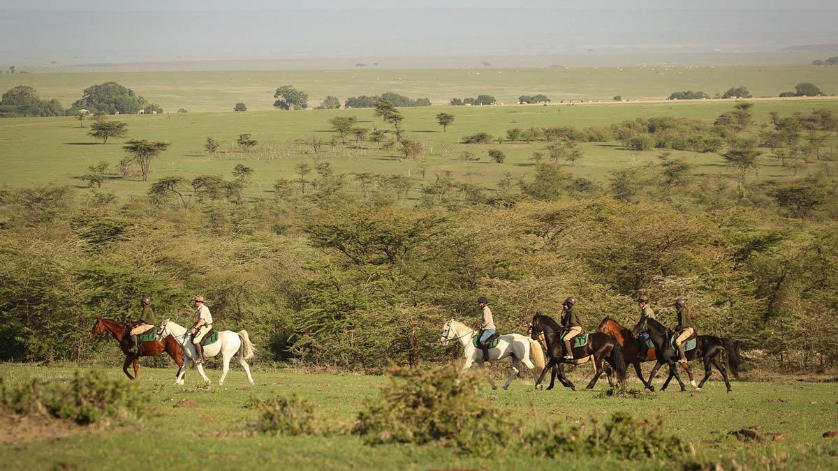 Horse safari in Kenya